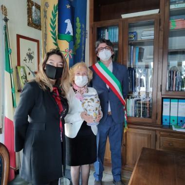 Grazia Arnese Grimaldi premiata da Sindaco e Vice